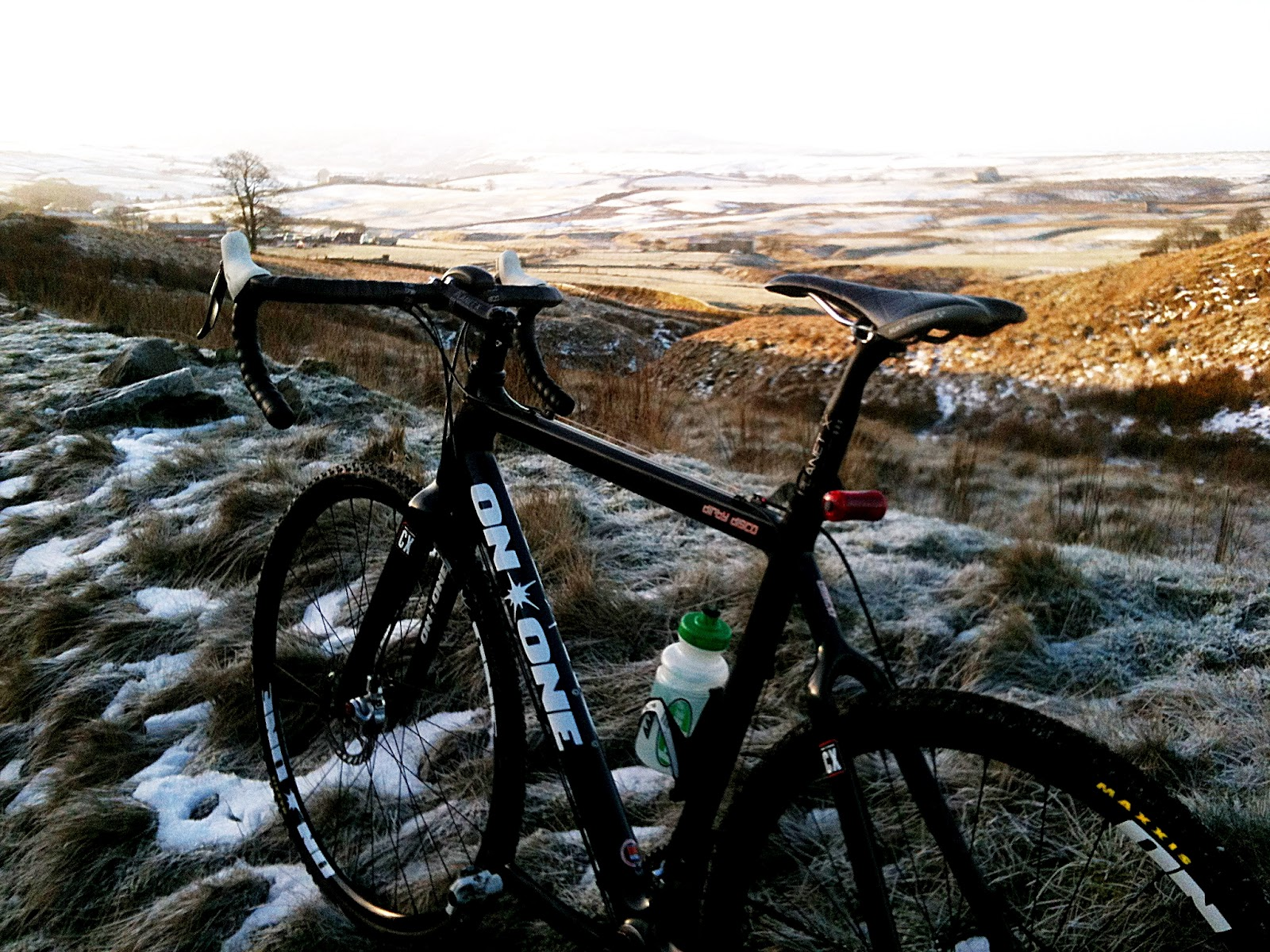 The On-One Dirty Disco carbon cyclocross bike enjoys an off-road commute