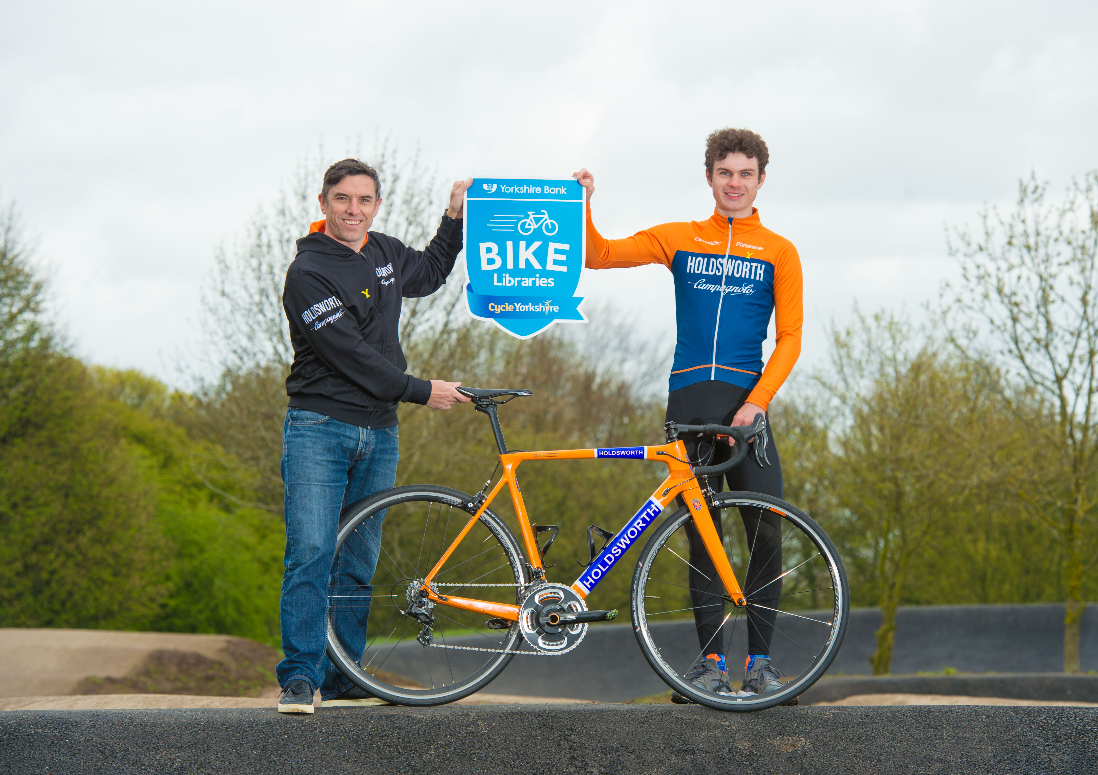 Team holdsworth support yorkshire bank bike libraries  f90f1d149
