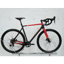 On-One Space Chicken / Large / Red And Black / Sram Rival 1