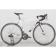 RT-80 Shimano Dura-Ace (Ultegra Chainset) Road Bike / White Black Grey / Medium