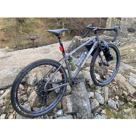 On-One GKTV Bootzipper 650b SRAM Apex 1 Day Tripper Bike