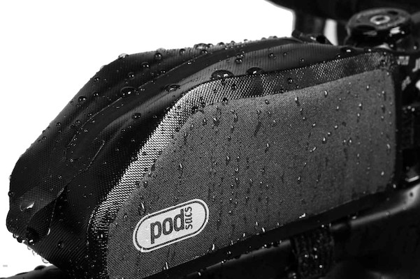PODSACS Expedition Waterproof Wedge TT Bag / Black   Travel bags