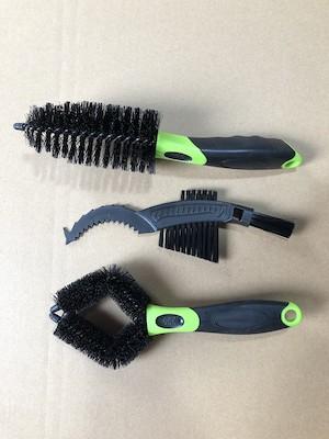 Jobsworth Triple Brush Set | Brushes and sponges