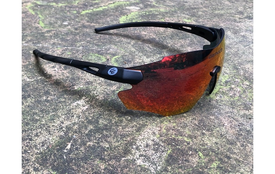 Carnac Equipe V2 Sunglasses / Matt Black / Red-Black Revo