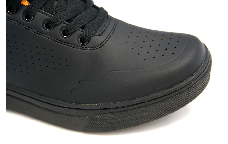 On-One Vulcan Shoe